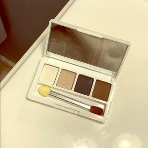 Clinique eyeshadow palette!